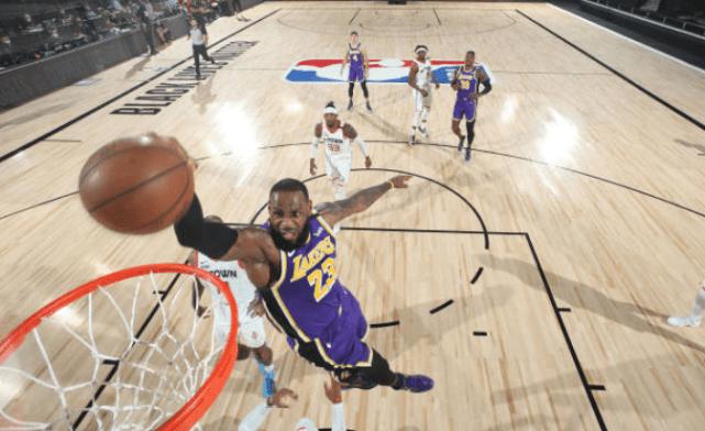 生涯第3次末節0分!詹皇前兩回都沒奪冠,賽后點出湖人最大問題!(影)-黑特籃球-NBA新聞影音圖片分享社區