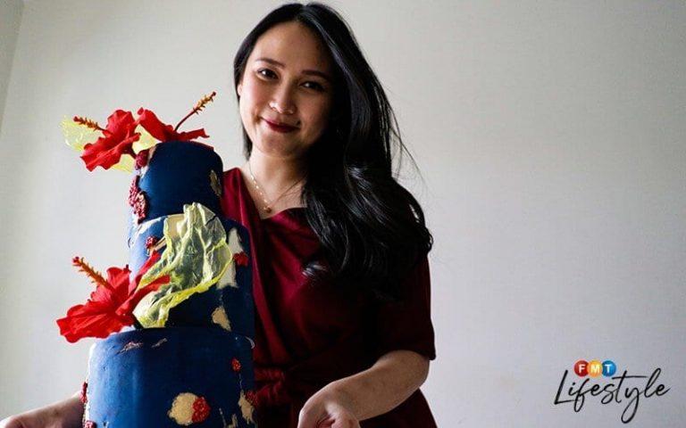 Home baker creates hibiscus-inspired cake for Merdeka Day