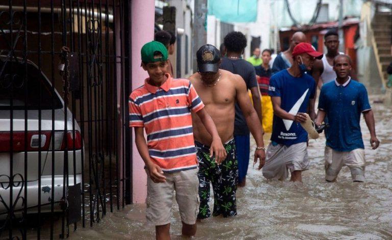 Hurricane Marco Heads for Louisiana, Tropical Storm Laura Kills 11