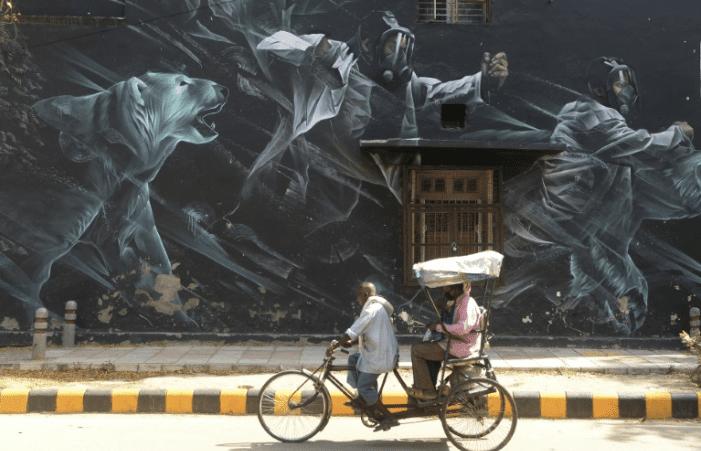 India extends world's biggest virus lockdown