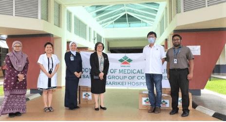 Samling donates PPEs to hospital